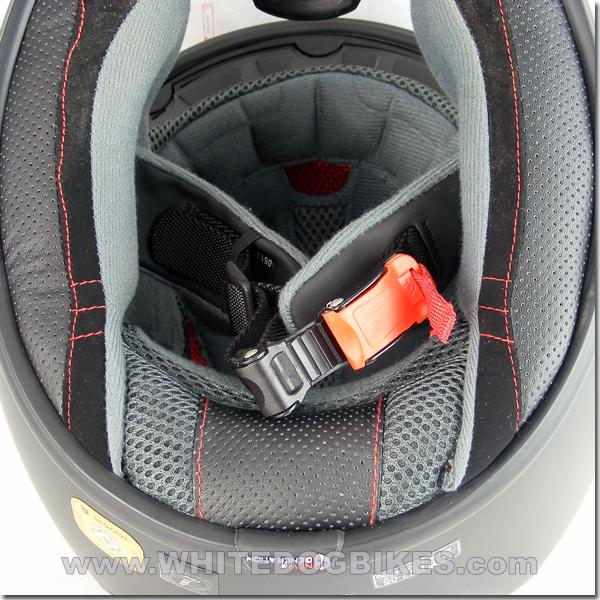 Micro Metric helmet buckle in helmet