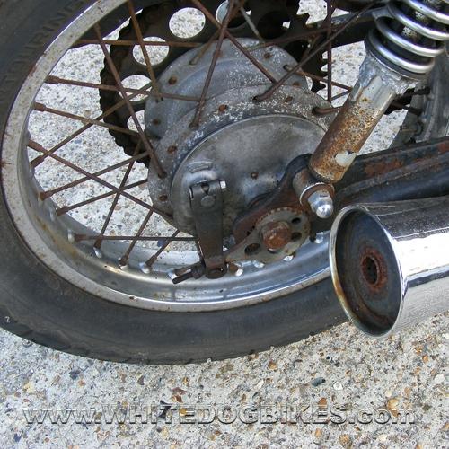 Yamaha SR250 rear drum brake