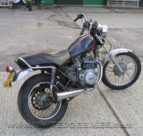 Yamaha SR250 side/back