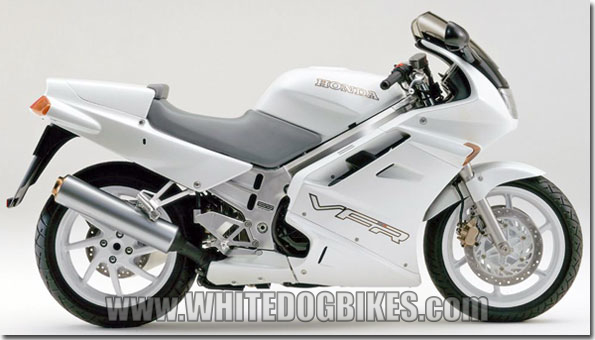 honda vfr750 specs and info whitedogbikes blog honda vfr750 rc36 in white rear seat cowl