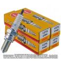 4 x NGK CR8E Spark Plug (set of 4 plugs)