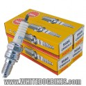 4 x NGK CR8EH-9 Spark Plug (set of 4 plugs)